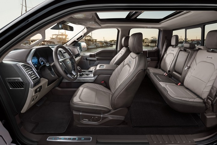 FordF-150-interior