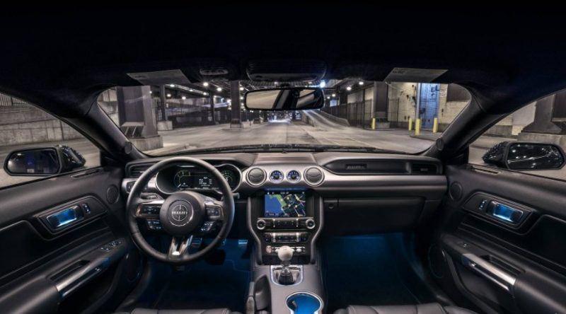 2020-Ford-Mustang-Bullitt-Interior